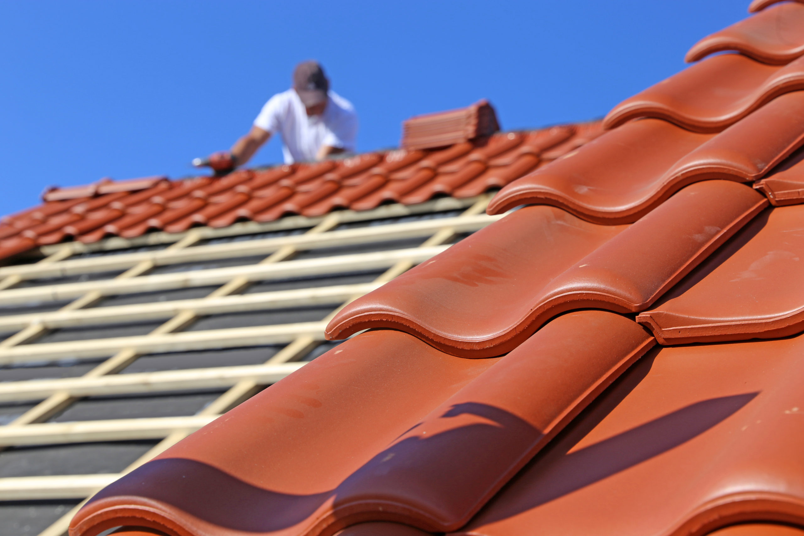 Roofing,Work,,New,Covering,Of,A,Tiled,Roof
